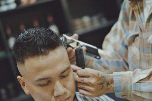 Giấc mơ cắt tóc thường báo trước điềm lành đang đến với bạn