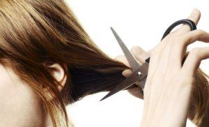 Giấc mơ cắt tóc là giấc mơ mà rất nhiều người gặp và bạn cũng băn khoăn điều gì ẩn chứa đằng sau giấc mơ này?