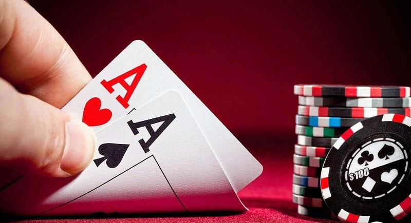 Giải mã giấc mơ thấy đánh bài