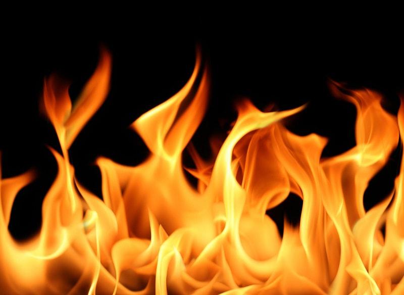 Mệnh hỏa hợp màu gì, chắc chắn không thể thiếu sắc đỏ của lửa