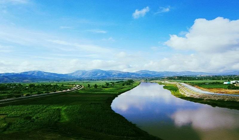 Mơ thấy sông nước chảy ngược là điềm xấu