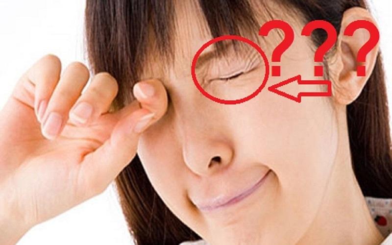 Điềm báo nháy mắt trái ở nam và nữ theo khung giờ là lành hay dữ?