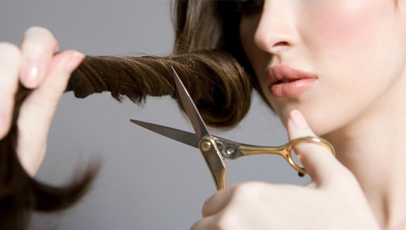 Lựa chọn ngày cắt tóc theo phong thủy