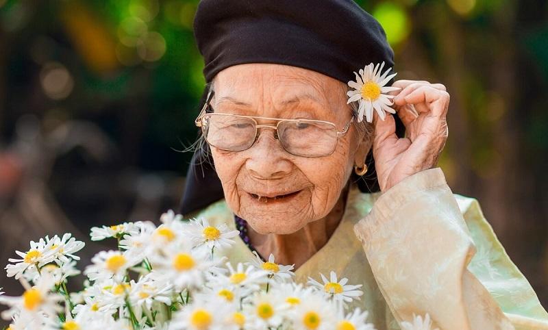 Chọn con số tương ứng khi mơ thấy bà ngoại
