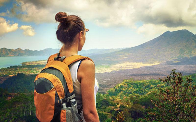 Mơ thấy đi du lịch một mình có ý nghĩa gì?